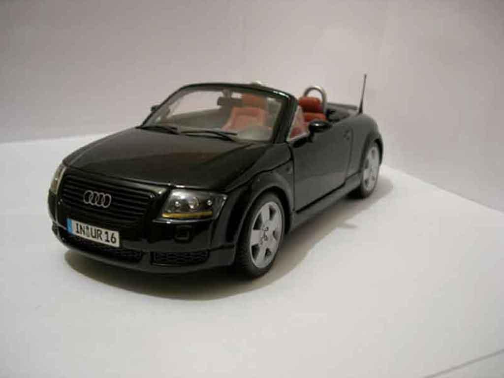 Audi TT Roadster black Maisto. Audi TT Roadster black miniature 1/18