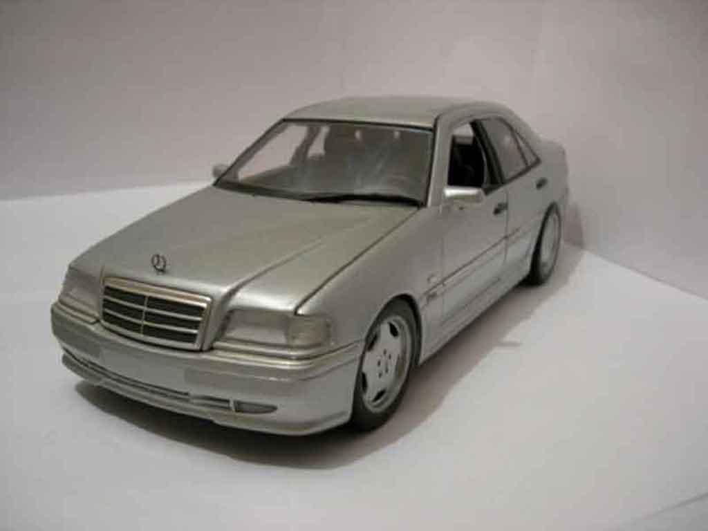 Mercedes Classe C 36 amg grigio Ut Models. Mercedes Classe C 36 amg grigio AMG modellini 1/18