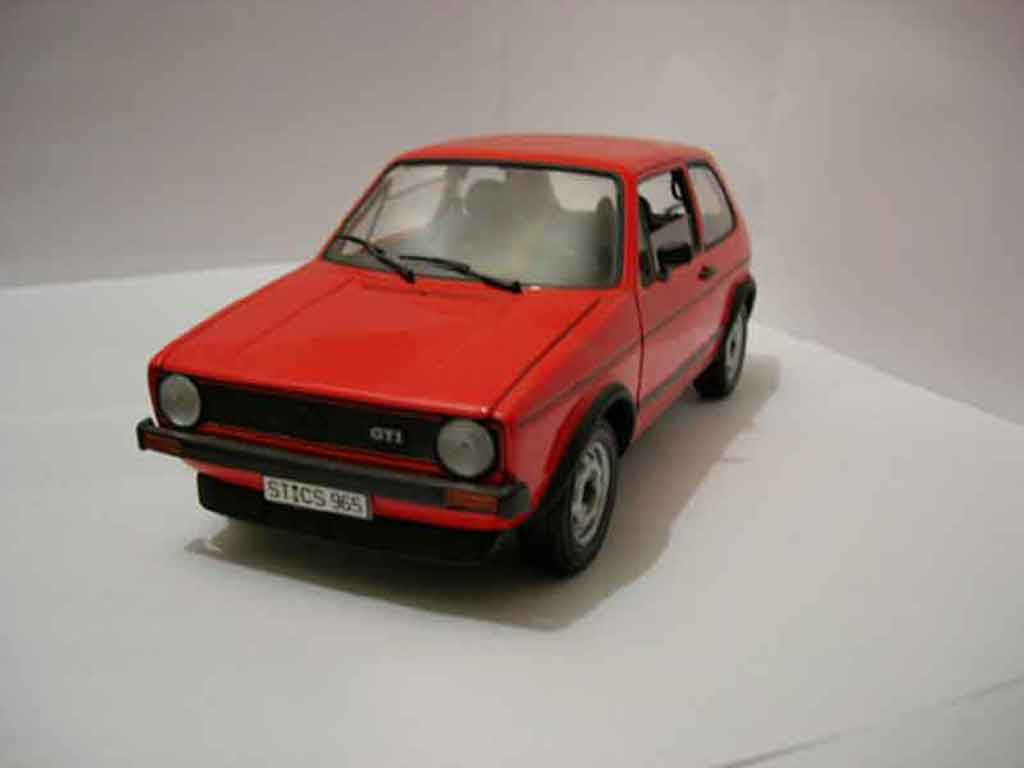 Volkswagen Golf 1 GTI rouge Solido. Volkswagen Golf 1 GTI rouge miniature 1/18