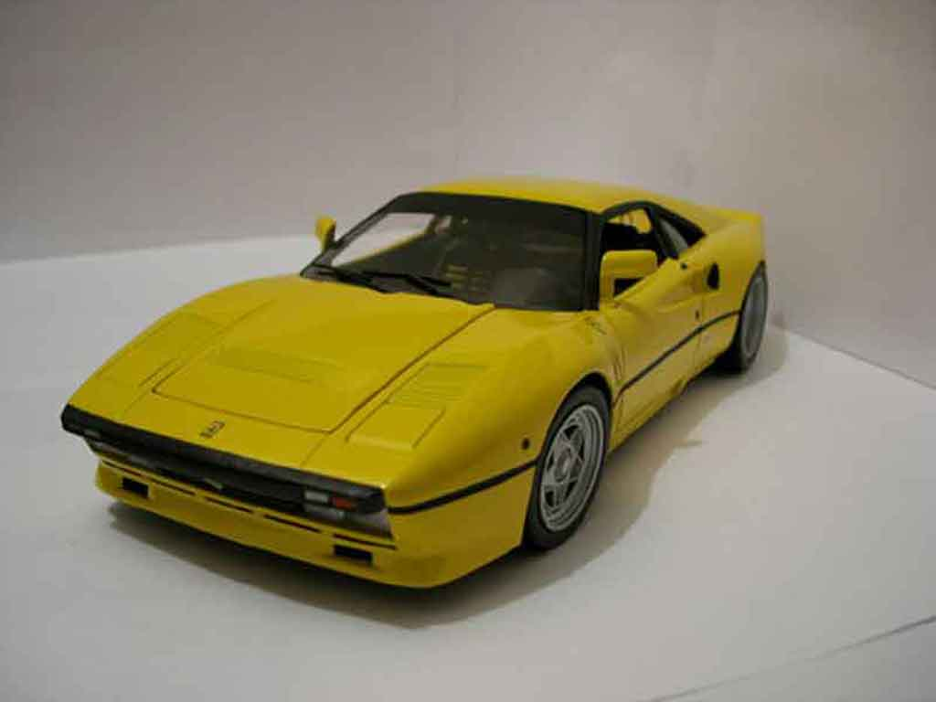 Ferrari 288 GTO yellow Hot Wheels Elite. Ferrari 288 GTO yellow miniature 1/18