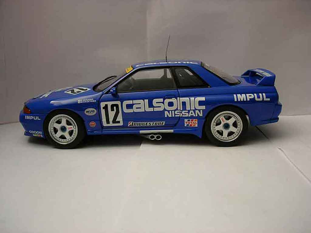 Nissan Skyline R32 1/18 Autoart calsonic #12 1993 miniatura
