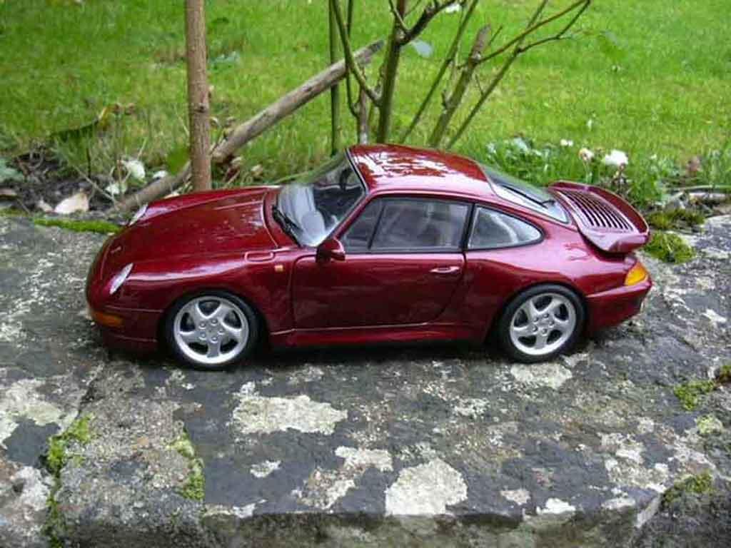 Porsche 993 Turbo 1/18 Ut Models bordeau