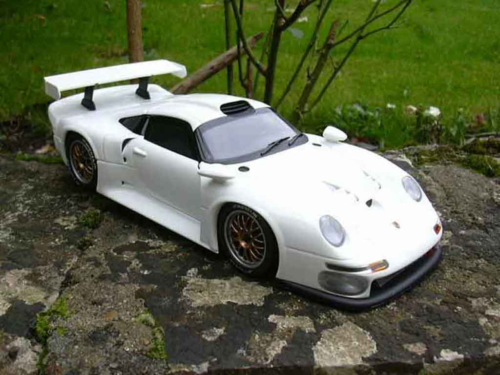 porsche 993 gt1 white ut models diecast model car 1 18 buy sell diecast car on. Black Bedroom Furniture Sets. Home Design Ideas