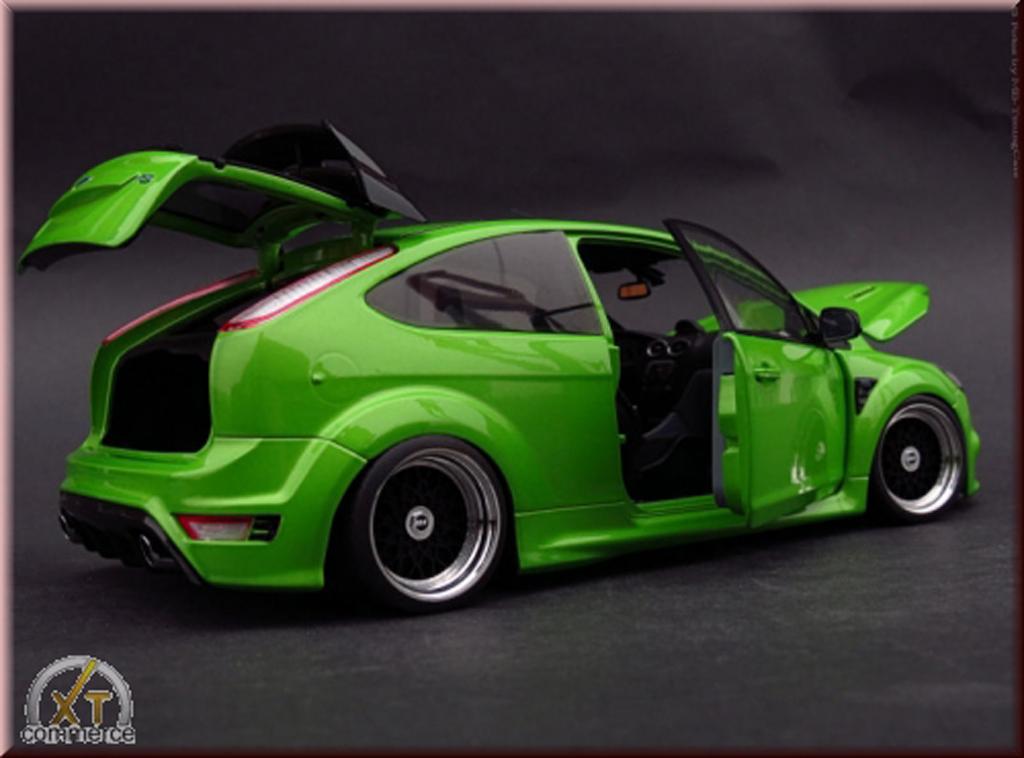 Ford Focus RS 1/18 Minichamps verde 2010 jantes BBS 18 pouces