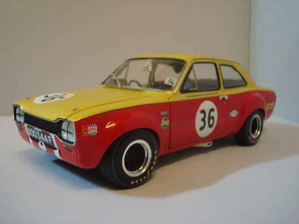 Ford RS 1600 1/18 Minichamps twincam competition #36