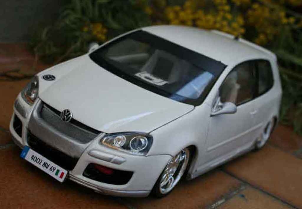 Volkswagen Golf V GTI 1/18 Norev alpine white sono tuning diecast model cars