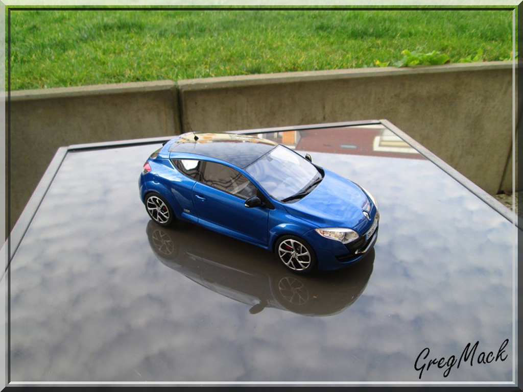 Renault Megane RS 250 1/18 Ottomobile (Ex BRI) sport tuning diecast model cars