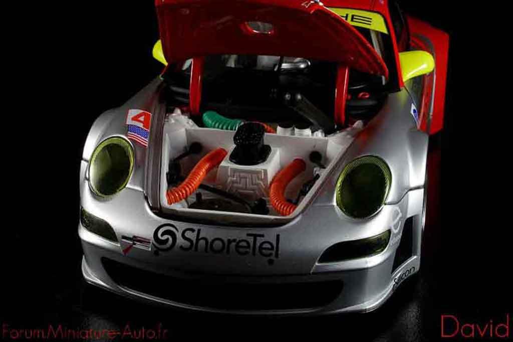Porsche 997 GT3 RSR 1/18 Autoart 2007 flying lizard #45 alms