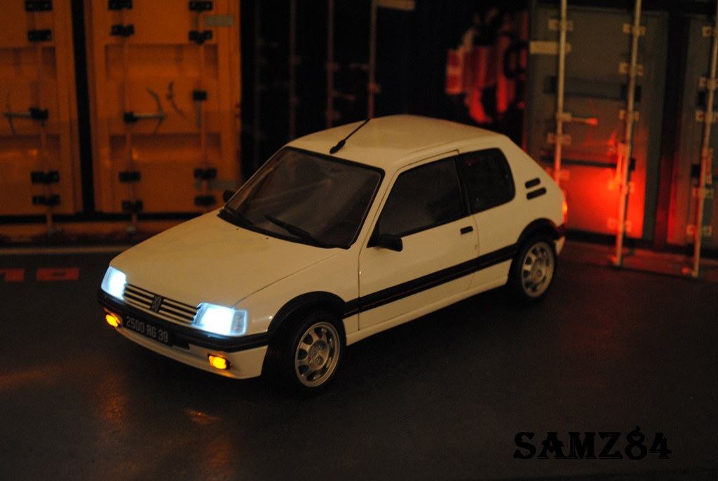 Peugeot 205 GTI 1/18 Norev Blanche 1.9 LED tuning diecast model cars