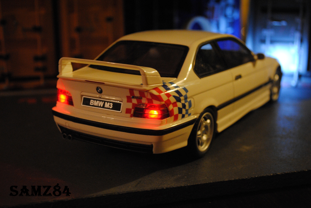 Bmw M3 E36 1/18 Ottomobile Light Weight LED