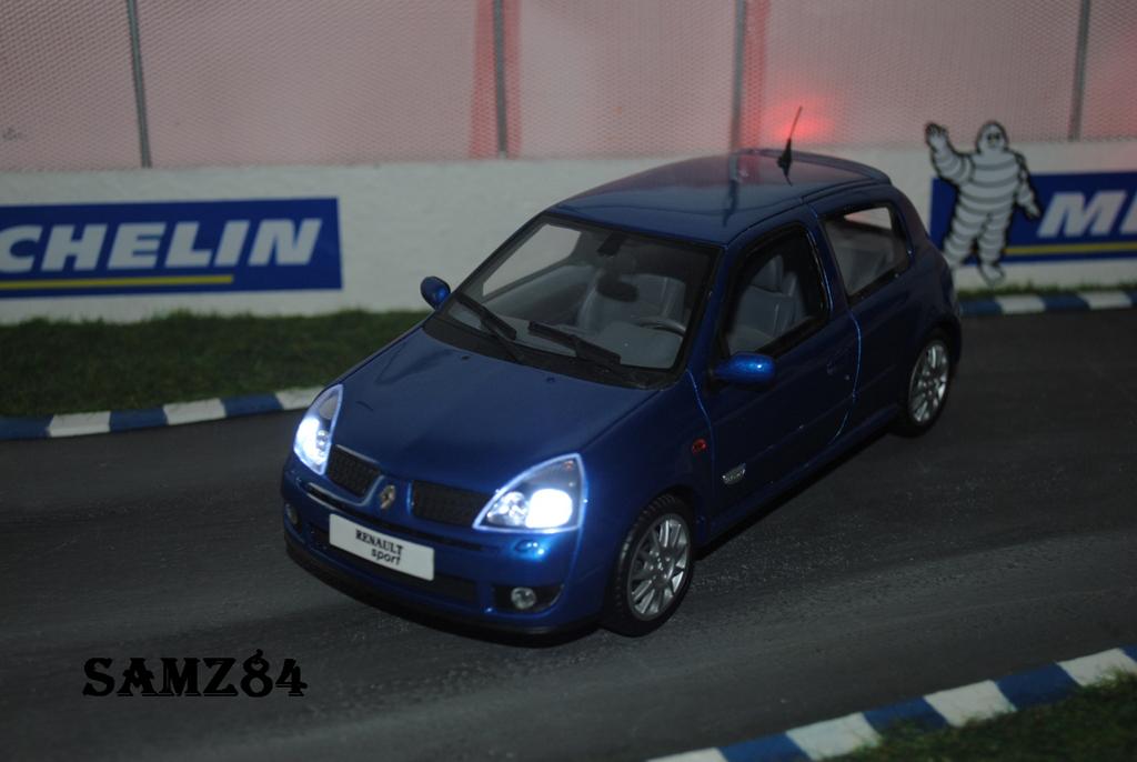 Renault Clio 2 RS 1/18 Ottomobile Ragnotti LED