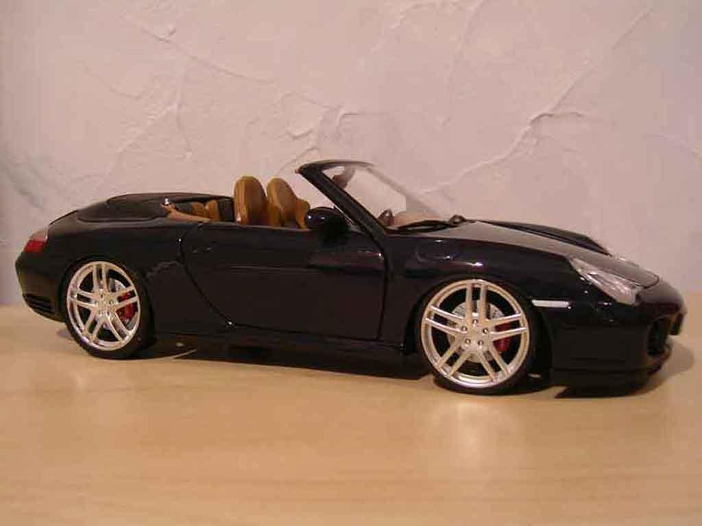 Porsche 996 Cabriolet nero ruote f430 tuning Maisto. Porsche 996 Cabriolet nero ruote f430 modellini 1/18