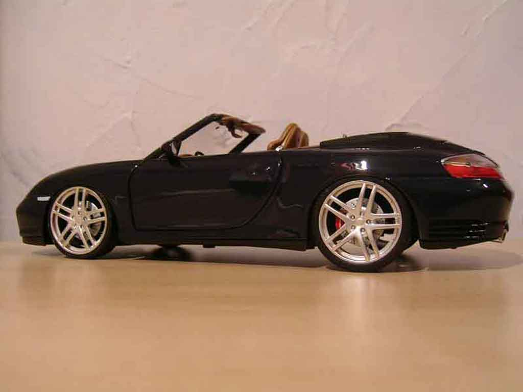 porsche 996 cabriolet miniature noire jantes f430 maisto 1 18 voiture. Black Bedroom Furniture Sets. Home Design Ideas