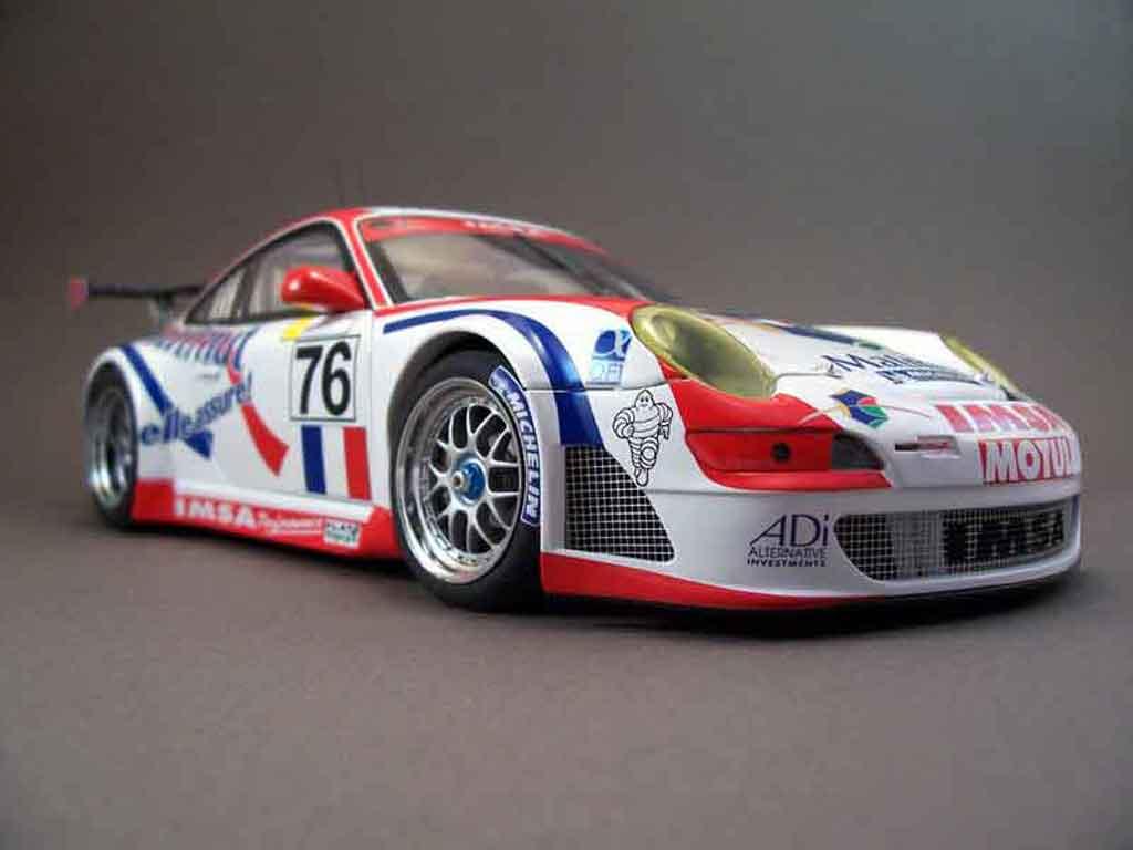 Modèle réduit Porsche 997 GT3 RSR 2007 76lm07 Autoart. Porsche 997 GT3 RSR 2007 76lm07 DTM miniature 1/18