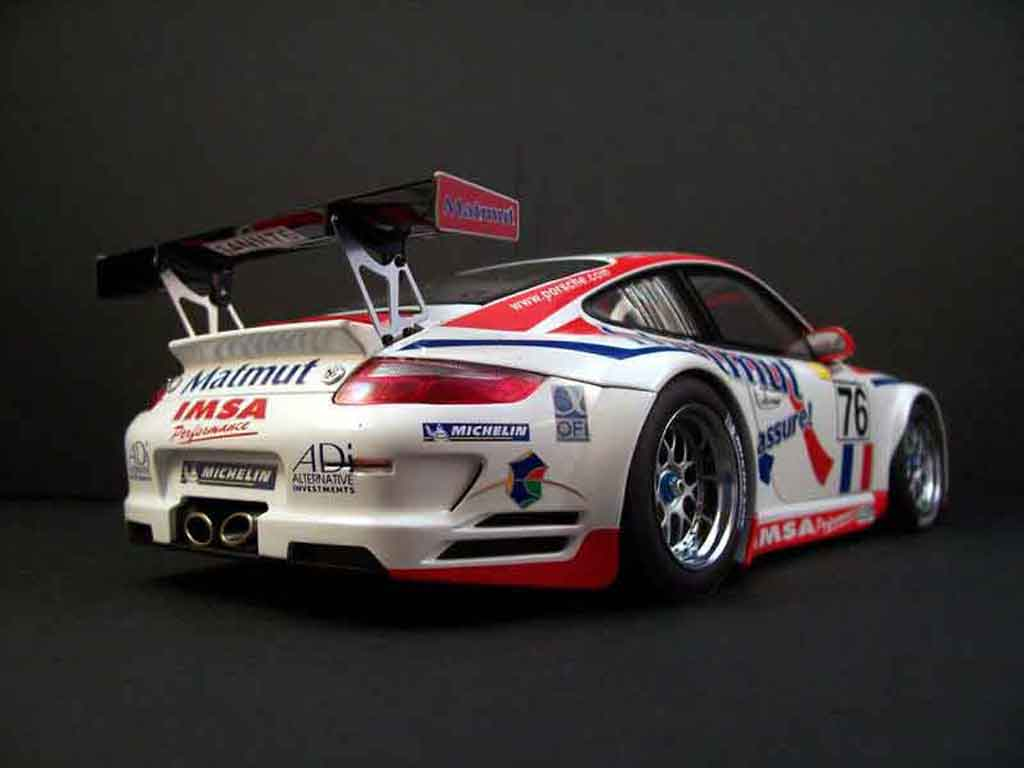 Voiture de collection Porsche 997 GT3 RSR 2007 76lm07 Autoart. Porsche 997 GT3 RSR 2007 76lm07 DTM miniature 1/18