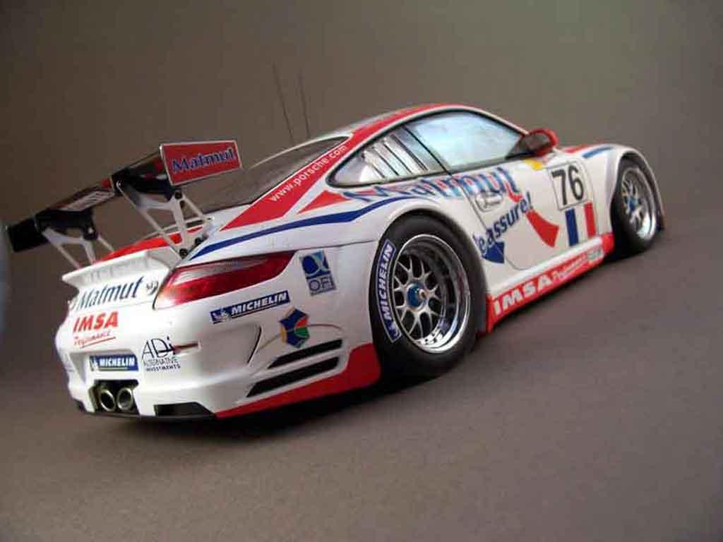 Porsche 997 GT3 RSR 2007 76lm07 Autoart. Porsche 997 GT3 RSR 2007 76lm07 DTM miniature auto miniature 1/18