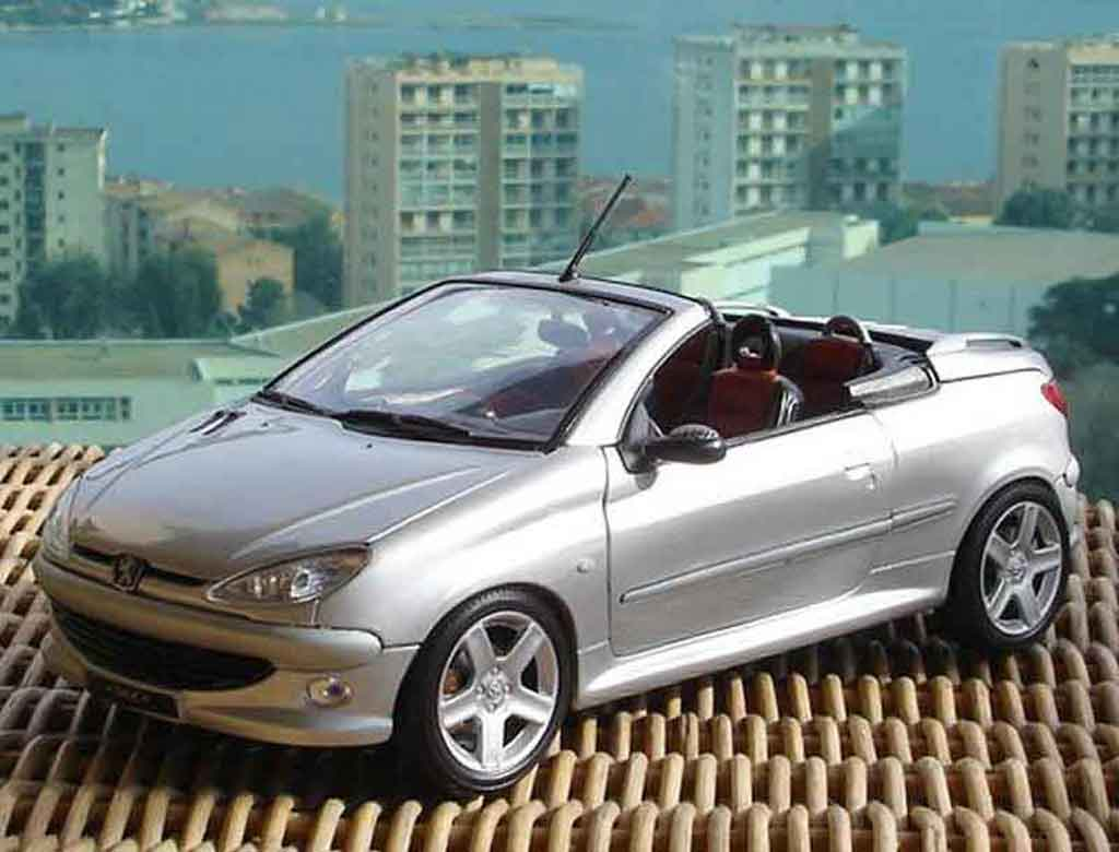 peugeot 206 cc miniature rc solido 1 18 voiture. Black Bedroom Furniture Sets. Home Design Ideas