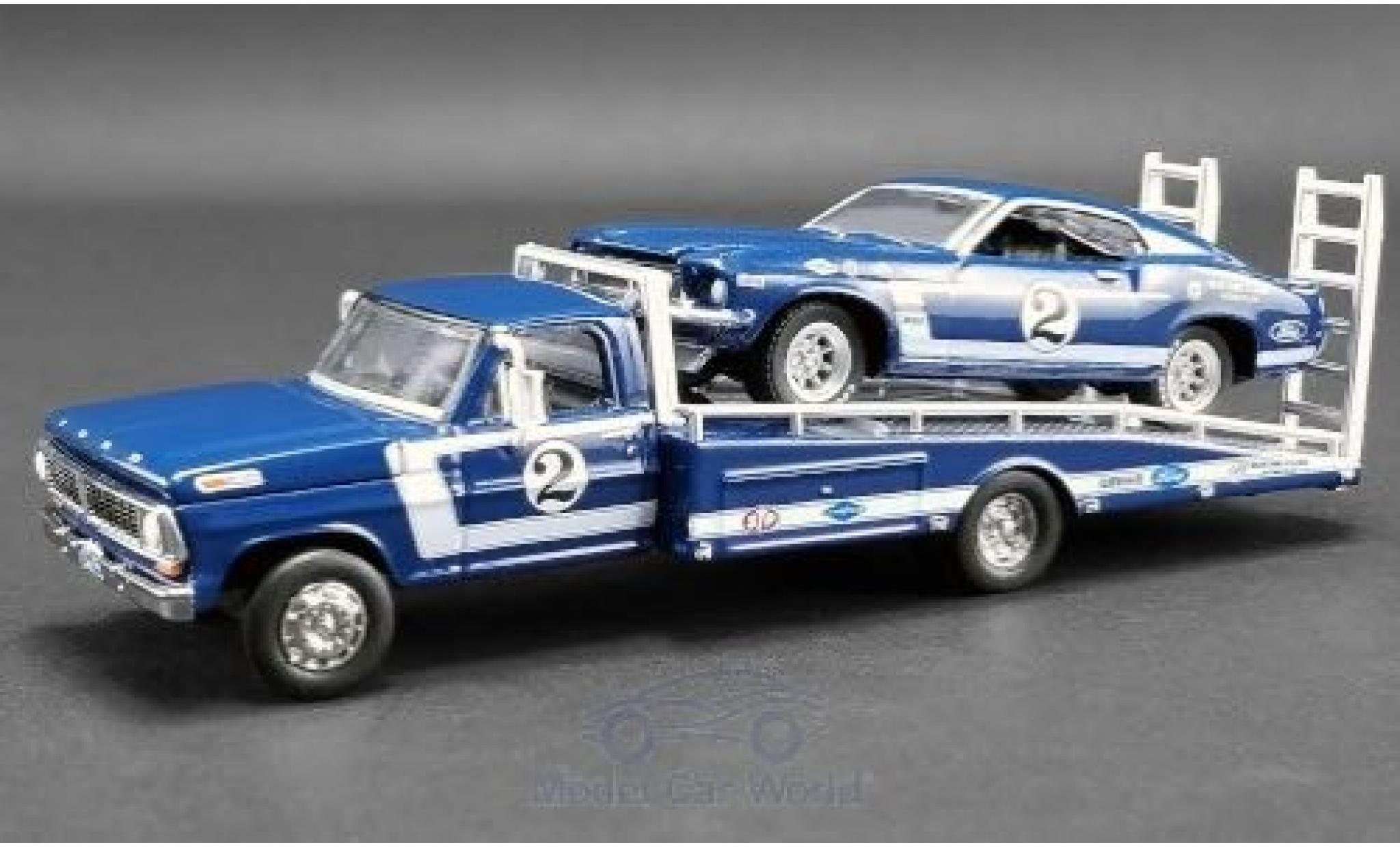 Ford Mustang 1/64 ACME Boss 302 Trans Am No.2 Clubs Racing Team Trans-Am 1969 mit F-350 Ramp Truck D.Gurney