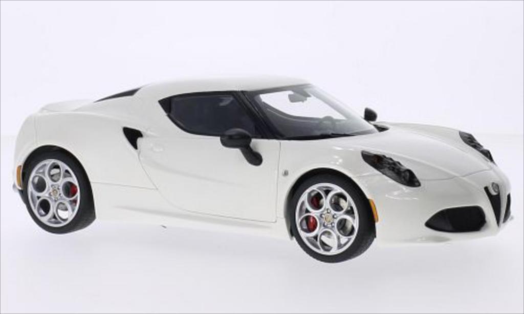 Alfa Romeo 4C 1/18 Autoart metallic-bianca 2013 miniatura