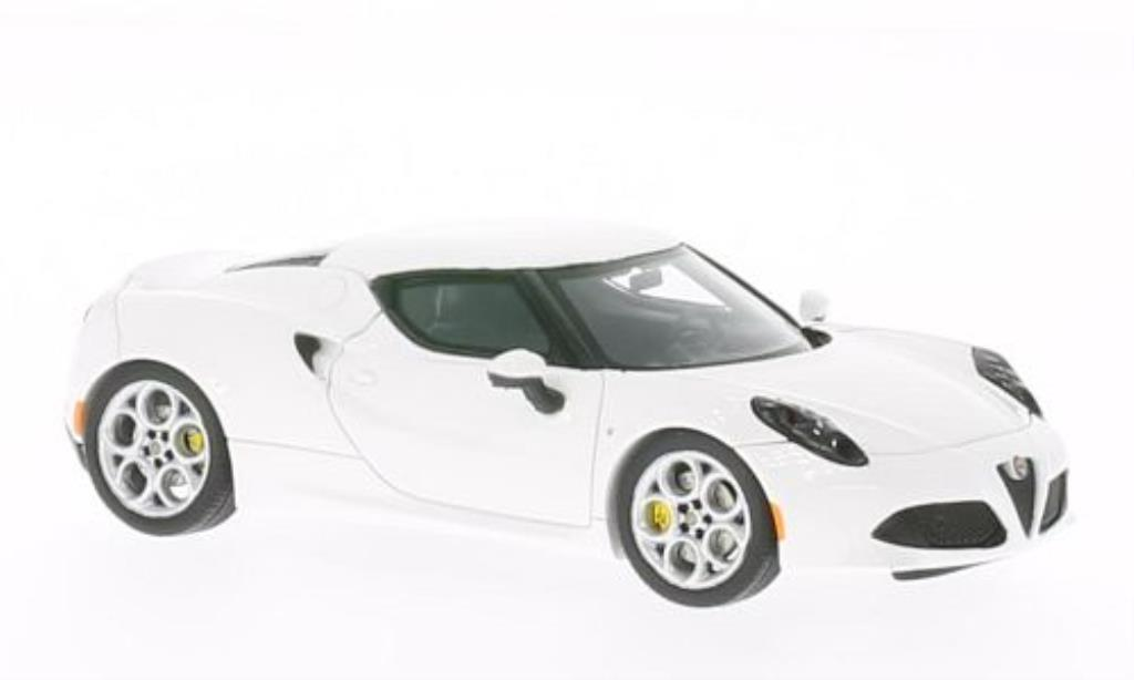 Alfa Romeo 4C 1/43 Spark white diecast model cars