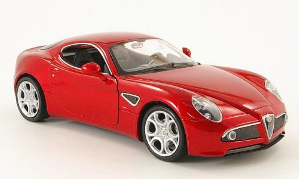 Alfa Romeo 8C Competizione 1/24 Welly rouge miniature