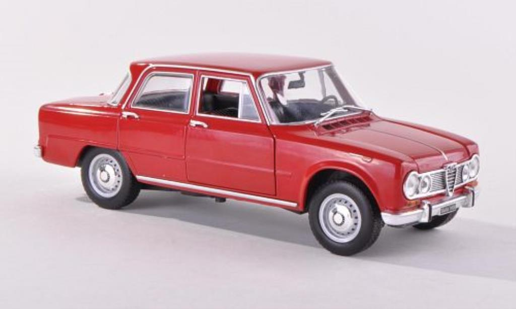 Alfa Romeo Giulia 1600 1/24 WhiteBox Super rouge miniature