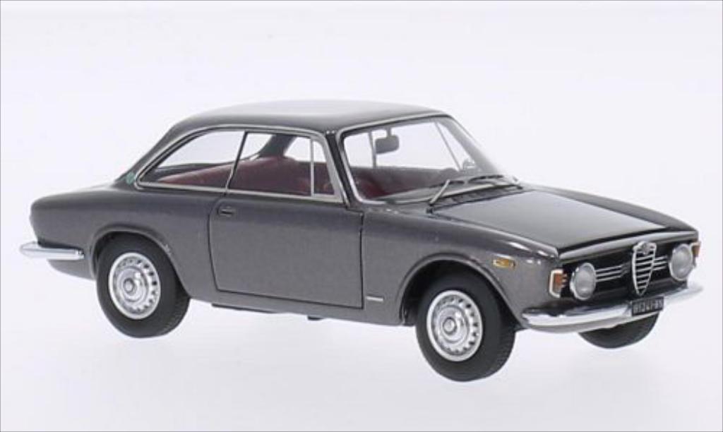 Alfa Romeo Giulia 1/43 Kess Sprint GT Velcoce 1.6 metallic-grise 1966 miniature