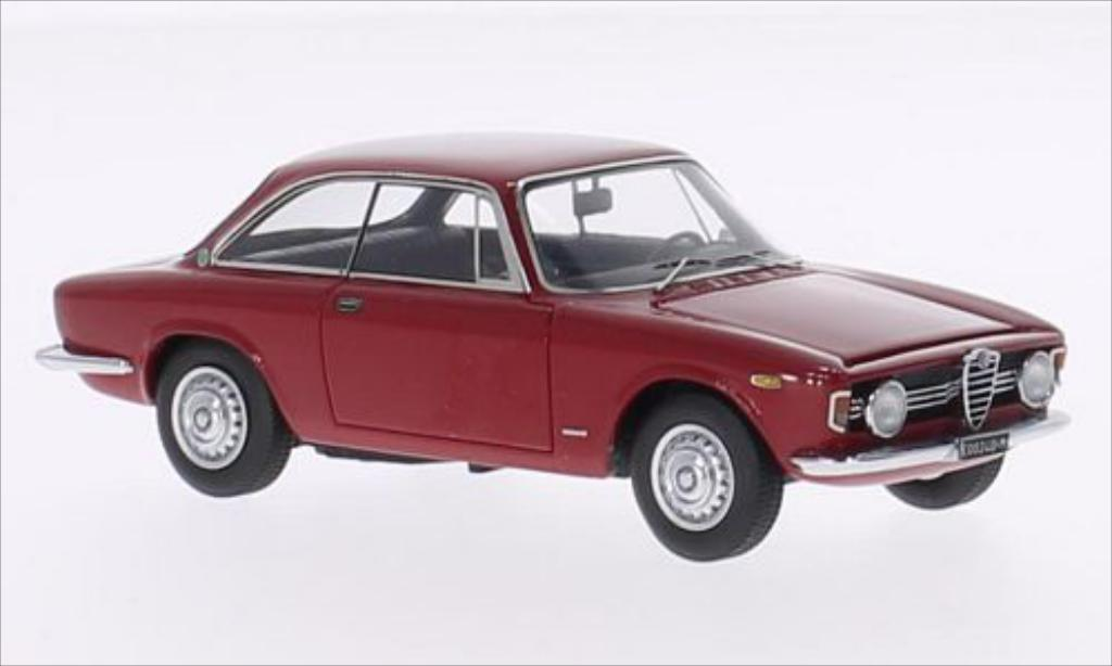 alfa romeo giulia miniature sprint gt veloce 1 6 rouge 1966 kess 1 43 voiture. Black Bedroom Furniture Sets. Home Design Ideas