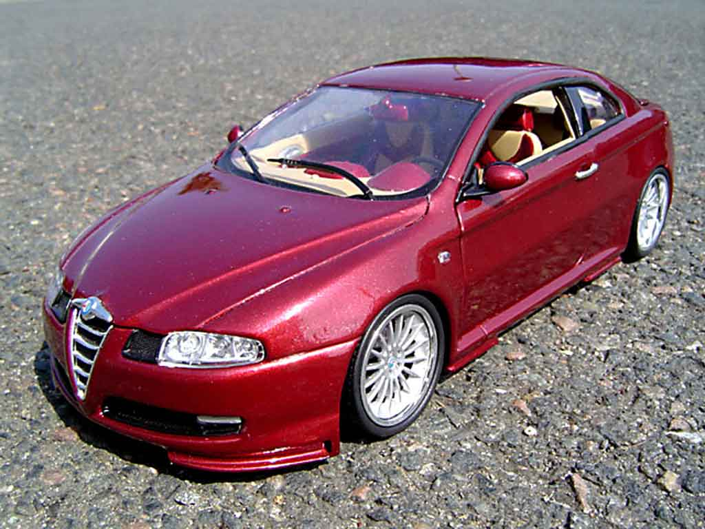 Alfa Romeo GT 1/18 Welly gturismo tuning miniature