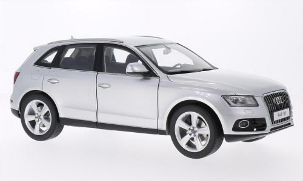 audi q5 metallic silber 2013 kyosho modellauto 1 18 kaufen verkauf modellauto online. Black Bedroom Furniture Sets. Home Design Ideas