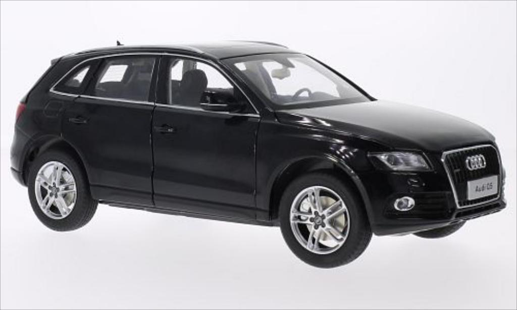 audi q5 schwarz 2014 paudi modellauto 1 18 kaufen verkauf modellauto online. Black Bedroom Furniture Sets. Home Design Ideas