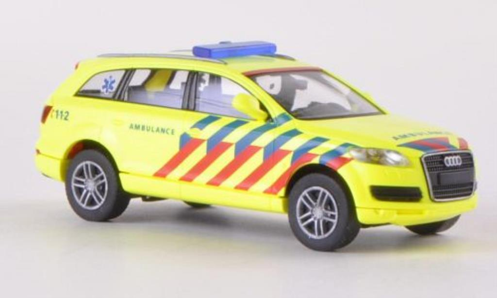 Audi Q7 1/87 Wiking Ambulance Notarzt (NL) miniature