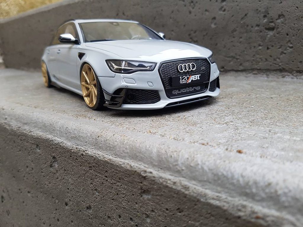 Voiture de collection Audi RS6 R ABT C6 Avant V10 TFSI gris tuning GT Spirit. Audi RS6 R ABT C6 Avant V10 TFSI gris miniature 1/18