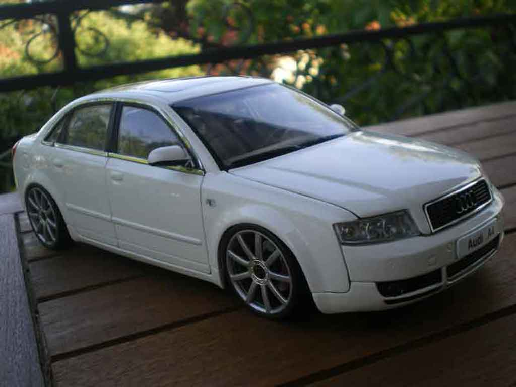 Audi A4 1/18 Minichamps b6 s-line white jantes 19 pouces tuning diecast model cars