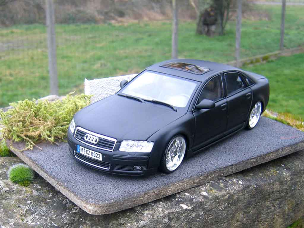 Audi A8 4.2 TDI 1/18 Motormax dub