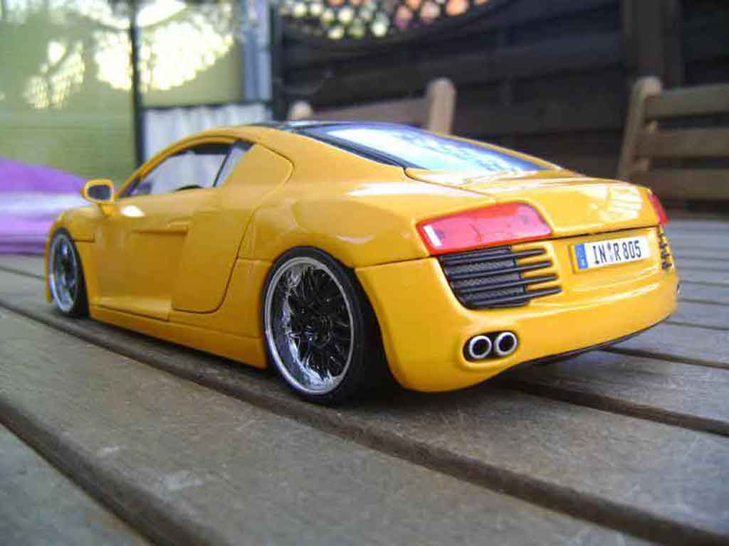 Audi R8 4.2. FSI 1/18 Maisto yellow jantes 19 pouces blacks tuning diecast model cars