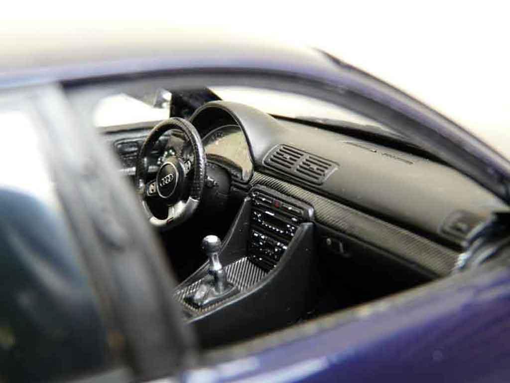 Audi RS4 1/18 Ut Models b5 jantes bbs 20 pouces