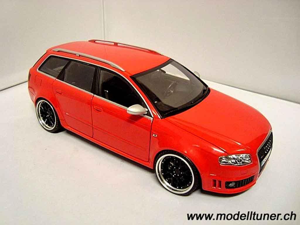 Audi RS4 1/18 Minichamps avant rosso jantes 19 pouces bbs rs