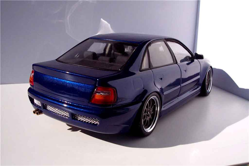 Audi S4 1/18 Ut Models kit rs4 blau jantes kinesis