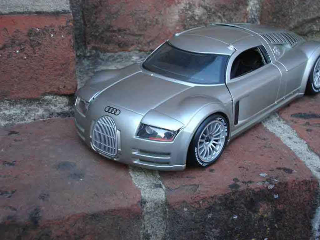 Audi Supersportwagen 1/18 Maisto rosemeyer tuning miniature
