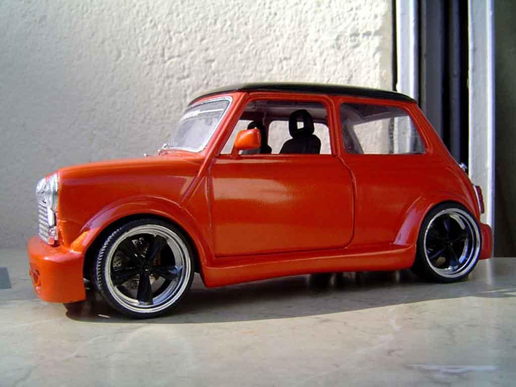 Austin Mini Cooper 1/18 Burago kit carrosserie et jantes 13 pouces tuning diecast model cars