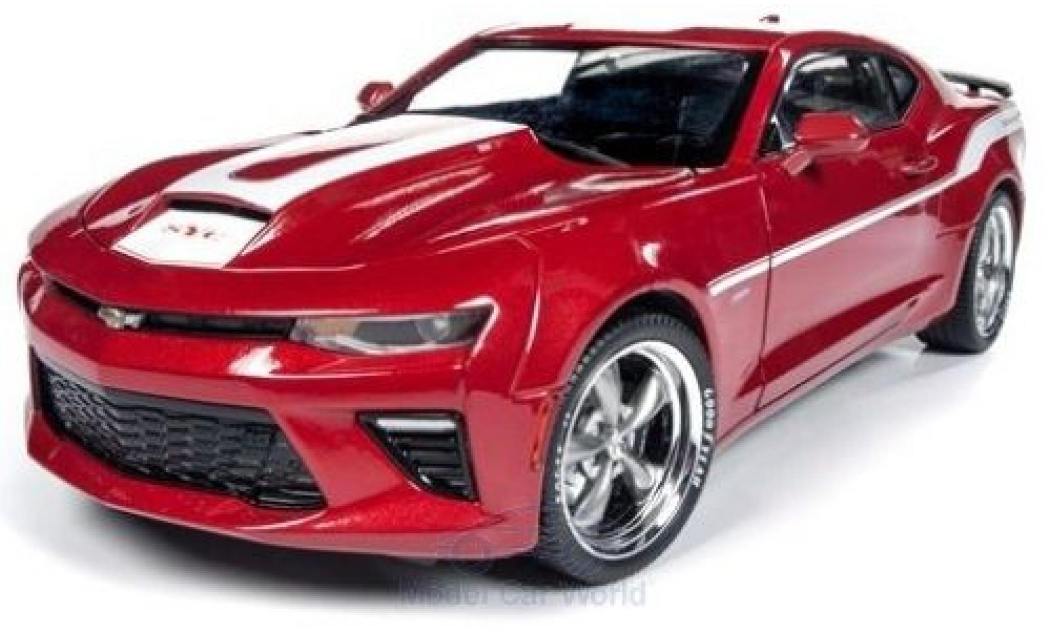 Chevrolet Camaro 1/18 Auto World Yenko rouge/blanche 2017