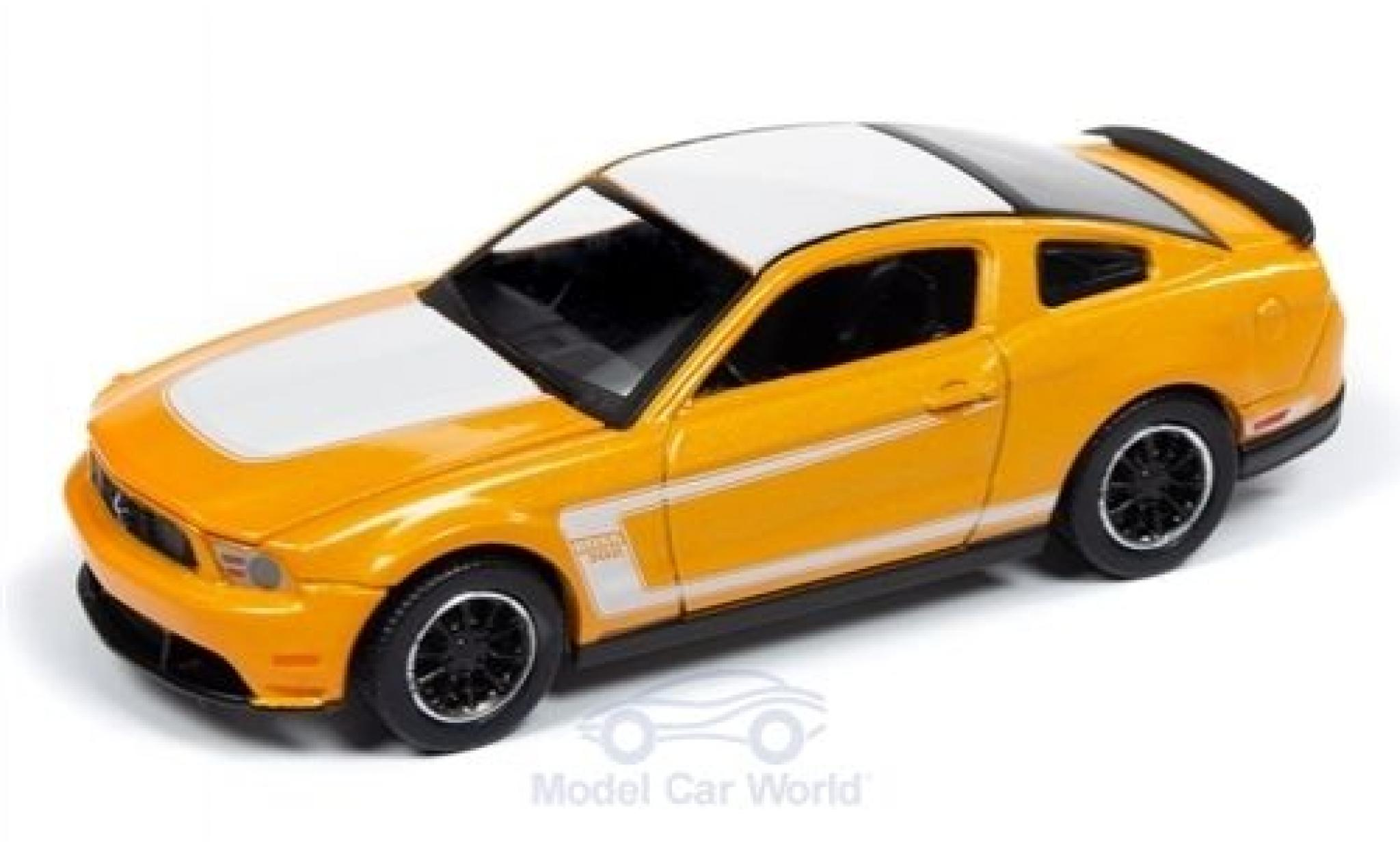Ford Mustang 1/64 Auto World Boss 302 orange/white 2012