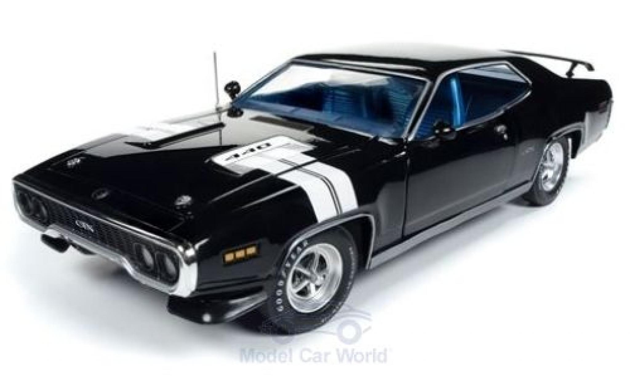Plymouth GTX 1/18 Auto World noire/blanche 1971