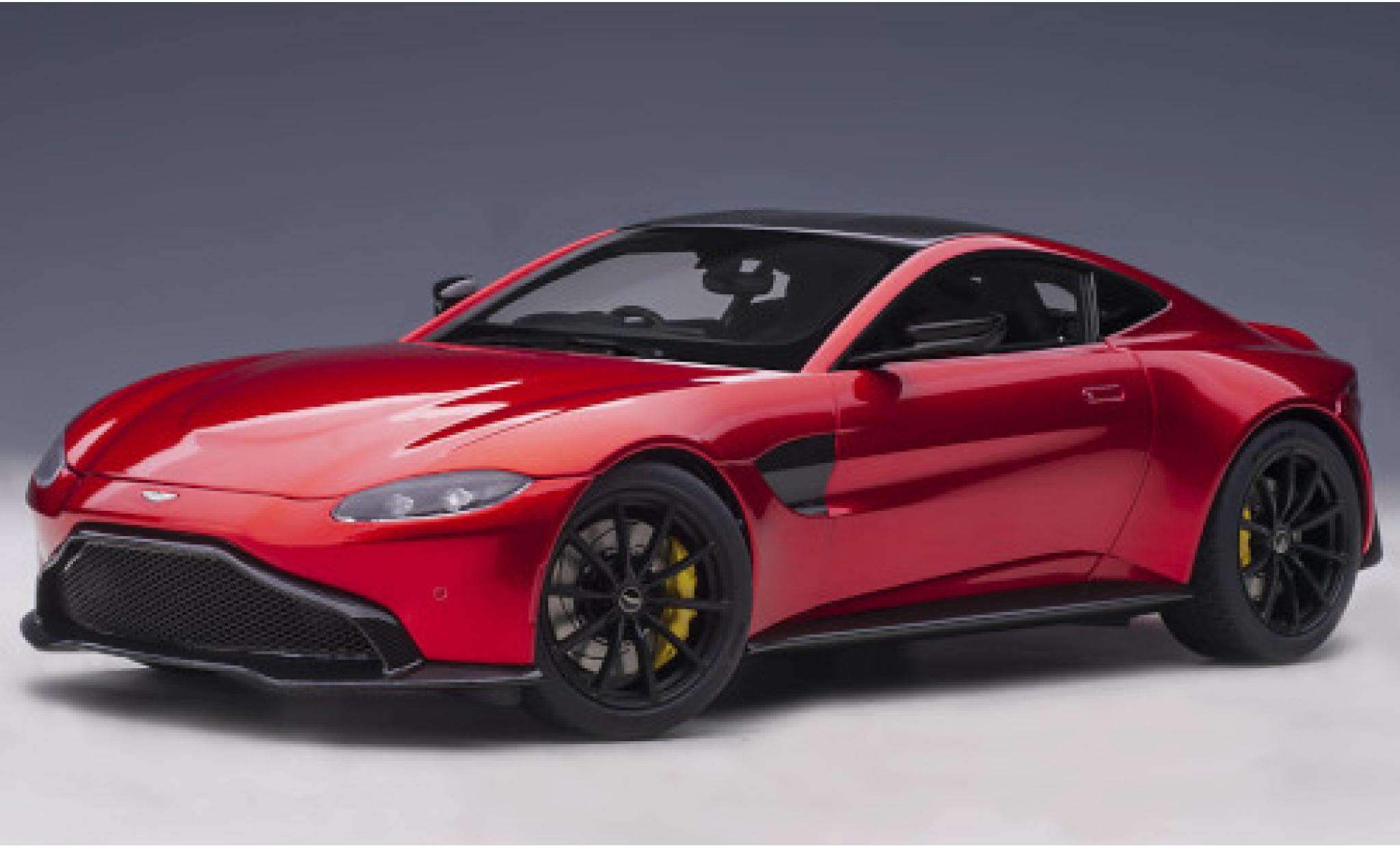 Aston Martin Vantage 1/18 AUTOart red/carbon RHD 2019