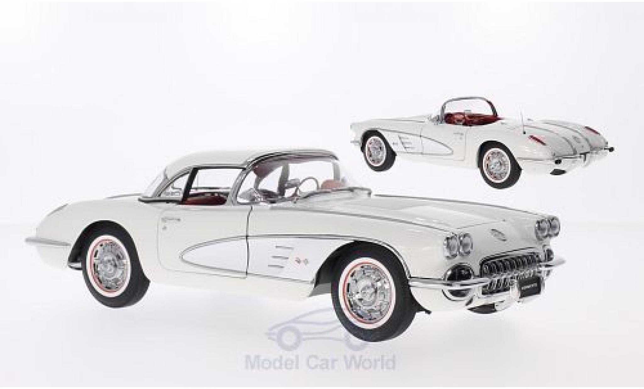 Chevrolet Corvette C1 1/18 AUTOart  white/grey 1958 Hardtop zum auflegen liegt bei