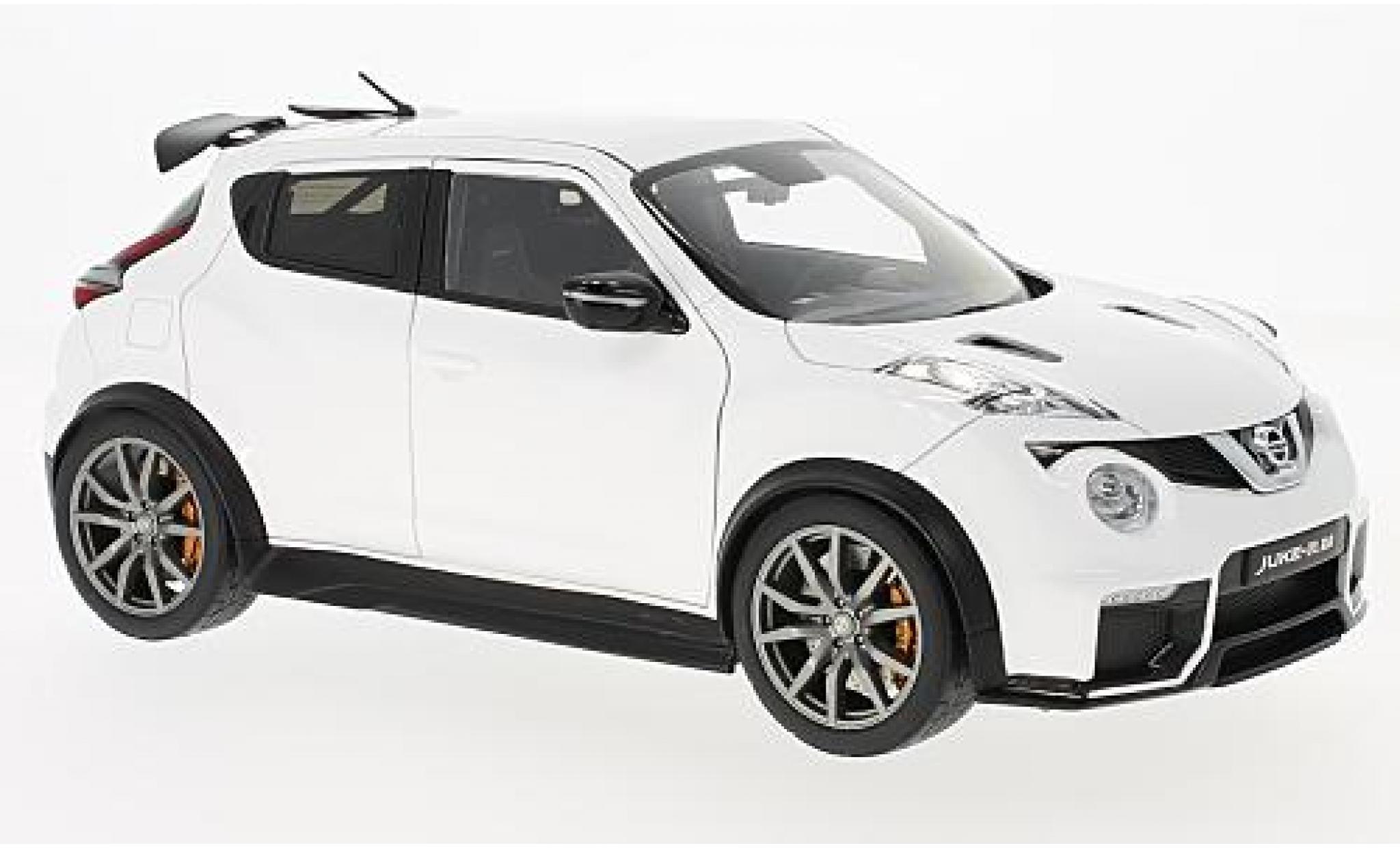 Nissan Juke 1/18 AUTOart -R 2.0 blanche 2016
