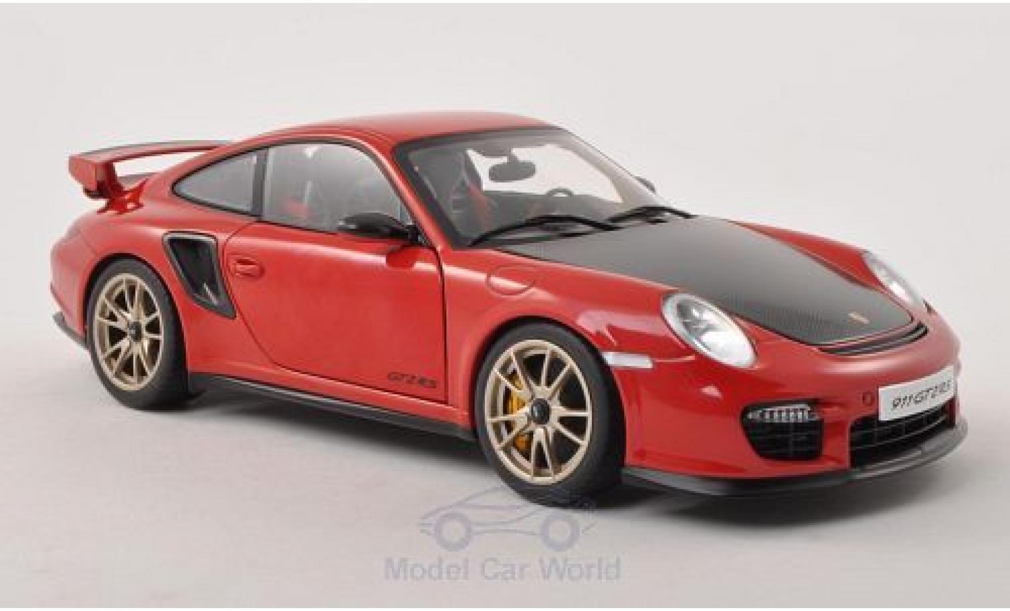 Porsche 911 1/18 AUTOart GT2 RS rouge/carbon