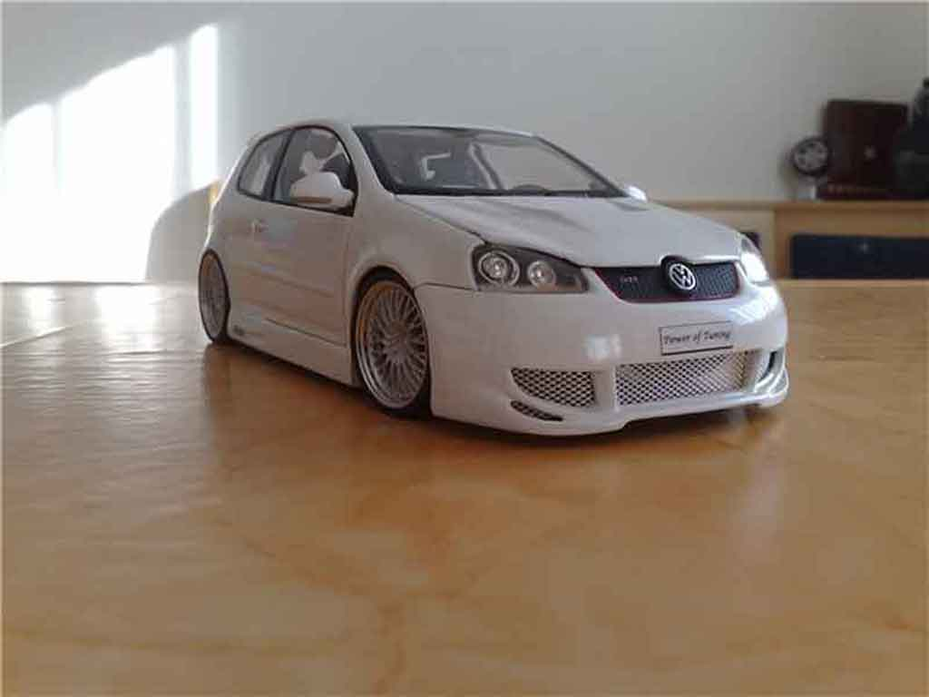 volkswagen golf v gti miniature blanche jantes bbs norev 1. Black Bedroom Furniture Sets. Home Design Ideas