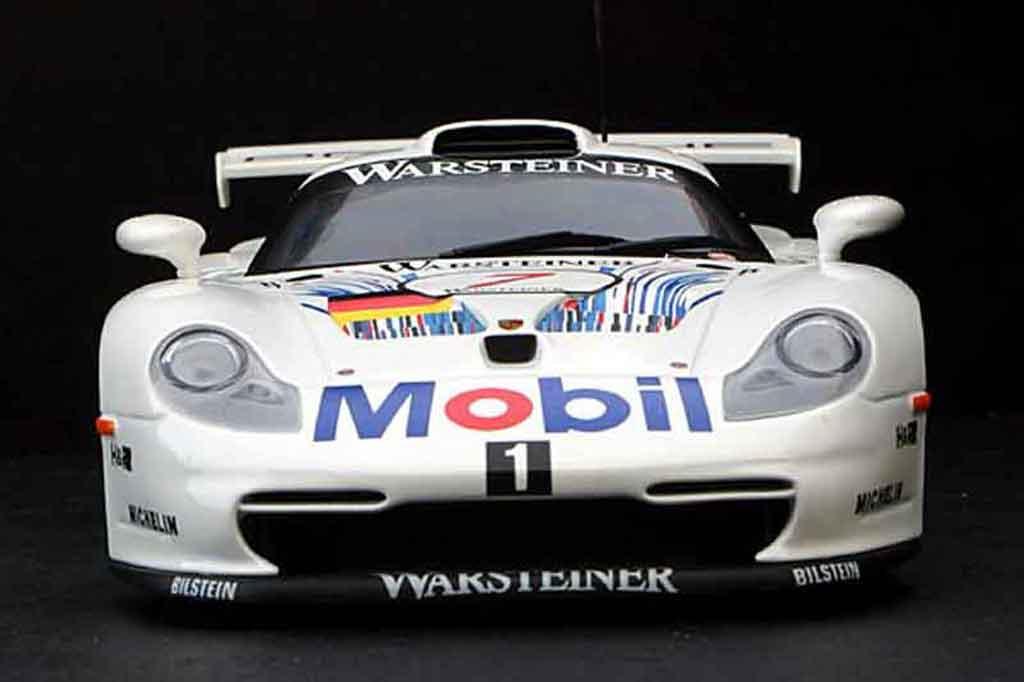 Porsche 996 GT1 1/18 Ut Models fia gt 96 #7 mobil 1 diecast